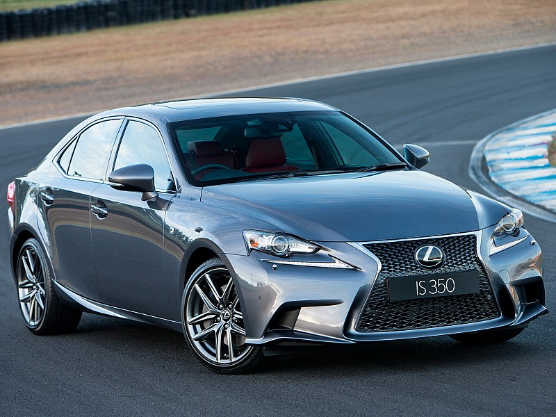 Lexus IS 2013 - present