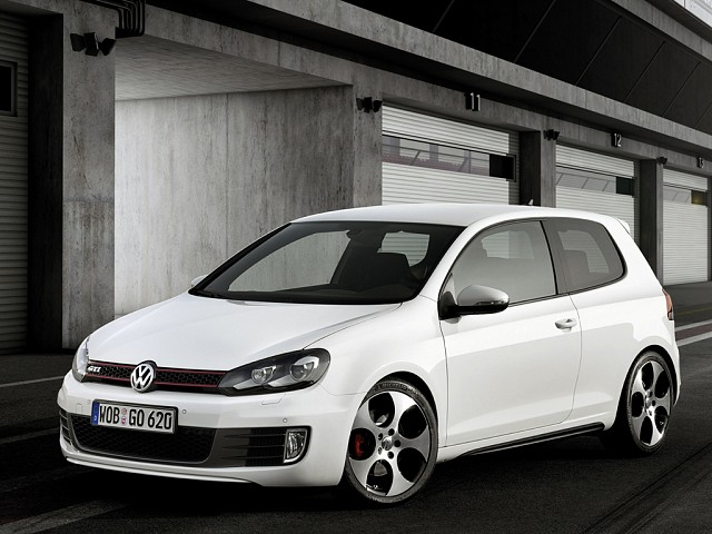 Volkswagen Golf 2008 - 2012